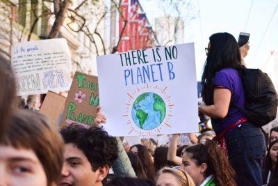 Señalan al capitalismo como causante del cambio climático