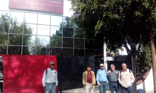 Estallan huelga investigadores de 77 centros del INIFAP en todo el país