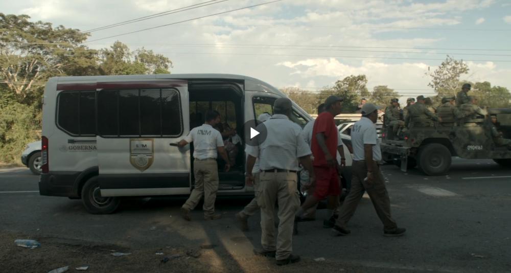 Represión de la guardia nacional contra niños migrantes